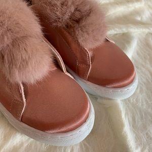 NWT Furry Pom Pom Qupid Reba Sneakers
